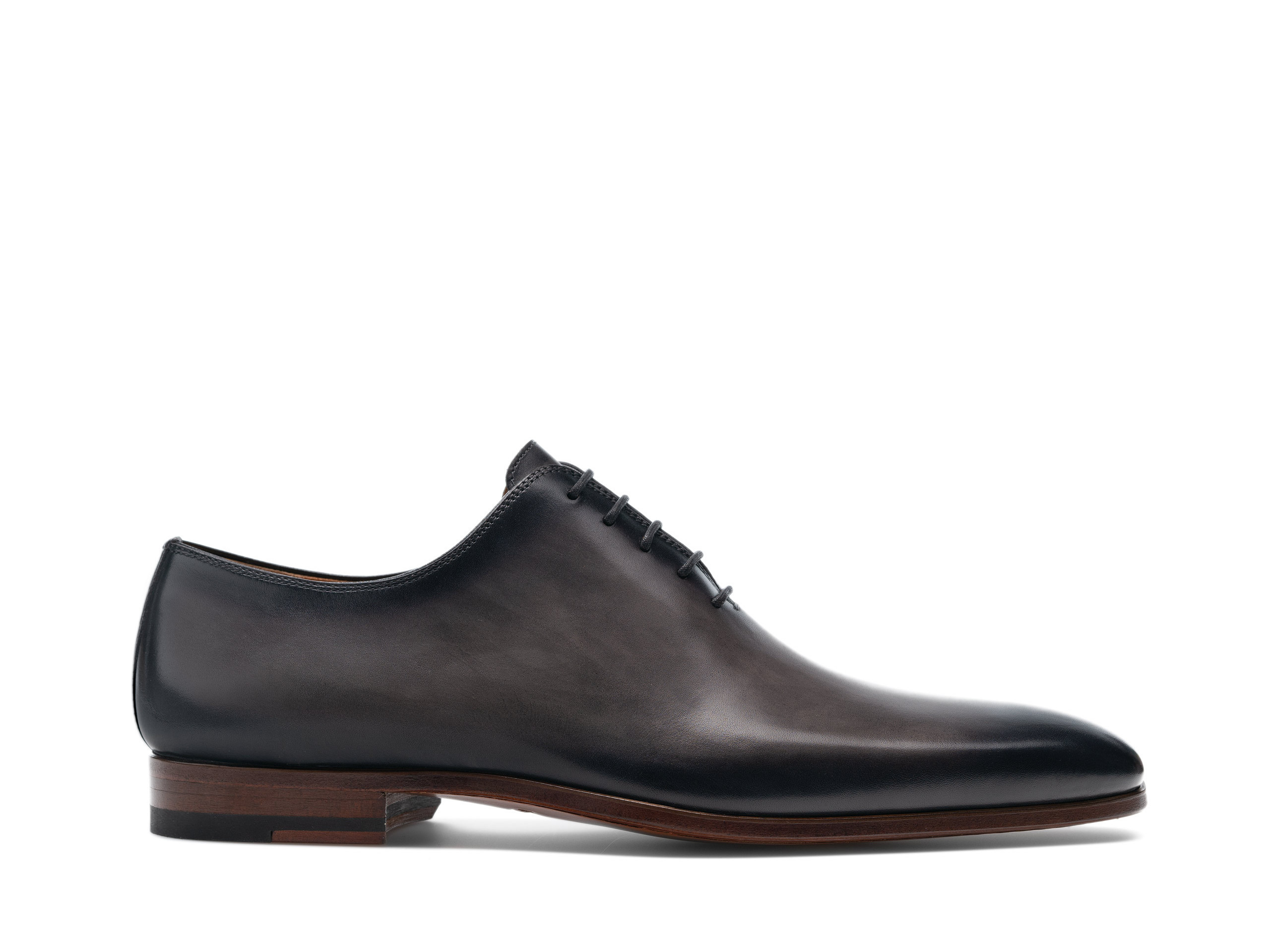 Side view of the Magnanni Cruz Grafito Men's Oxford Shoes
