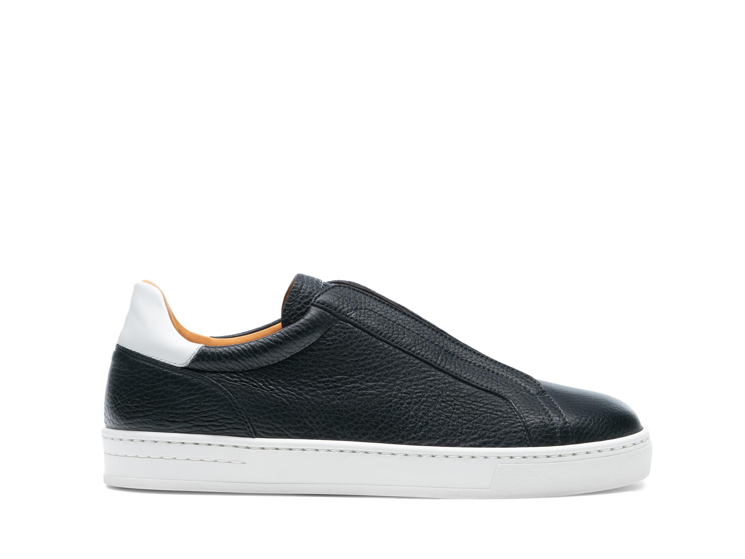 Side Profile of Gasol Black Sneakers